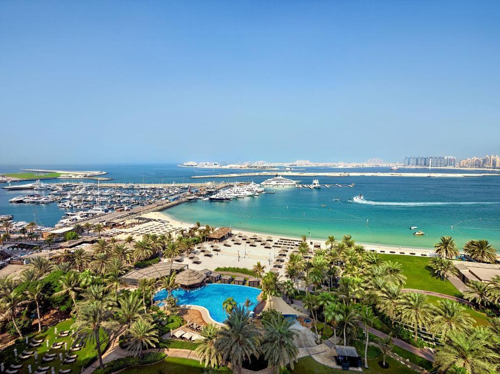Le Meridien Mina Seyahi - Voordeelpakket Winterzon Vakantie Wereld Expo Dubai | Neptune Reizen - Reisbureau Izegem